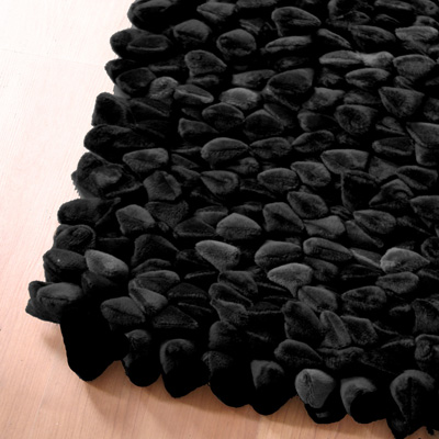Dreamweavers Black Chamois Pebble Rug