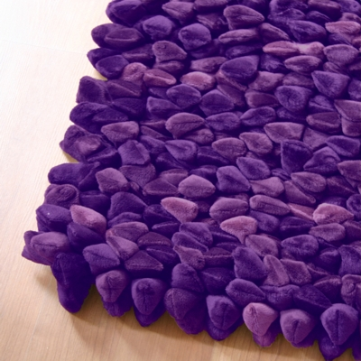 Dreamweavers Grape Purple Chamois Pebble Rug