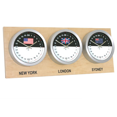 Roco Verre Custom World 3 18cm Flag Clocks Maple