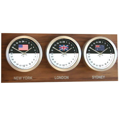 Roco Verre Custom World 3 26cm Flag Clocks Walnut