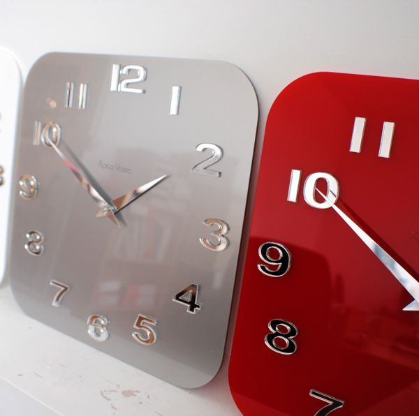 red kitchen wall clocks wallclock4302modernretrovintageglosskitchenwallclocksitujpg wallclock4302modernretrovintageglosskitchenwallclocksitujpg - Designer Kitchen Wall Clocks