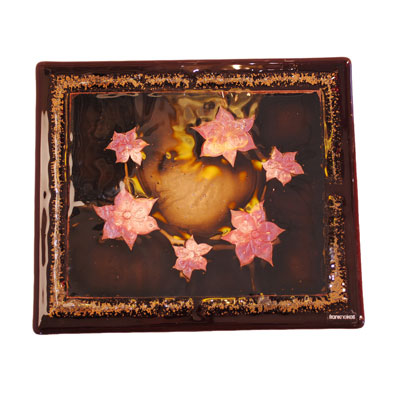 Frank Neikes Metal Leaf Stardust Flower Placemat