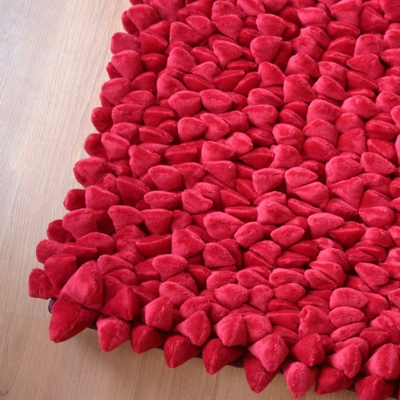 Dreamweavers Cherry Red Chamois Pebble Rug