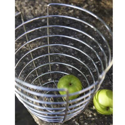 Blomus Tall Wire Fruit Bowl Zoomed