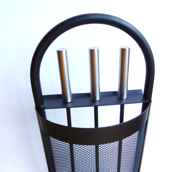 close up of the handles of the black mesh fireside tools set