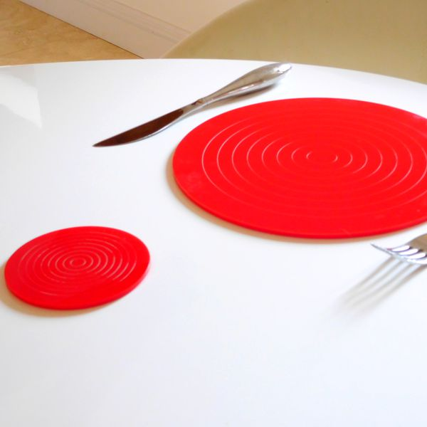 round Red Gloss Circlets Coasters And Placemats