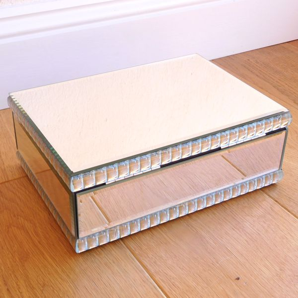 Venetian Pearl Mirror Jewellery Box
